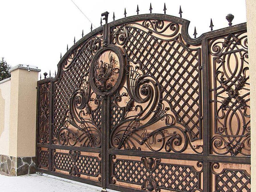 Кованые ворота в Красноярске